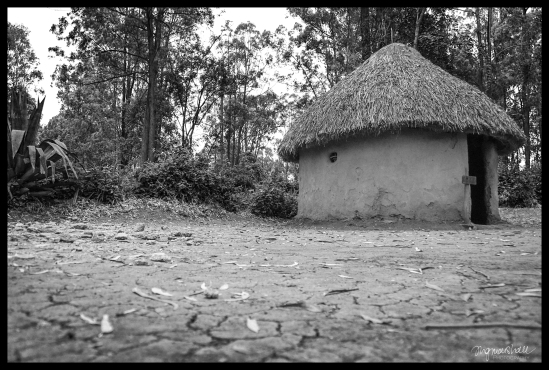 Bomas Kenya, Nairobi - Luo Boy's Hut