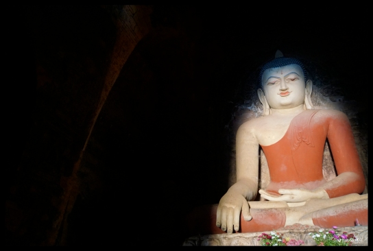 Lit Buddha - Bagan
