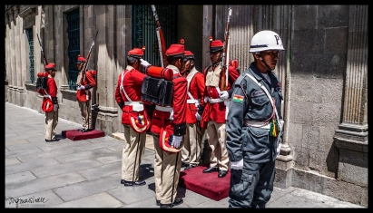 Changing of the Guards - La Paz